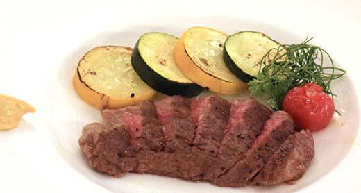 両県和牛のステーキ